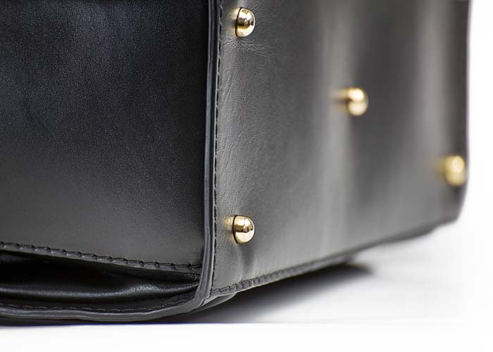 Tasche Detail - CASE BUSINESS (No. 01)